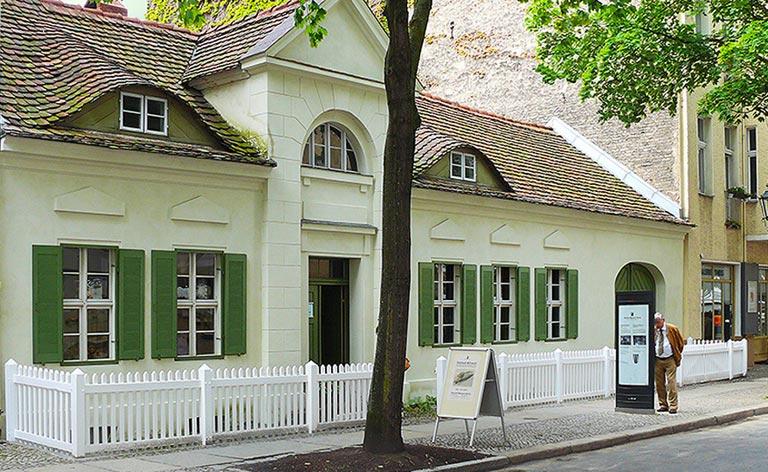 Keramik Museum Berlin Bürgerhaus Frontseite